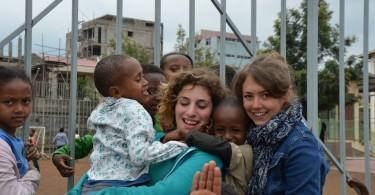 Chiara e Silvia in Etiopia